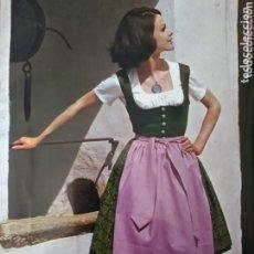Postales: POSTAL FOTOGRÁFICA GRANDE 22 X 16 ANTIGUA JOVEN MUJER EN TRAJE TRADICIONAL DE AUSTRIA ( MUY RARA ). Lote 173650337