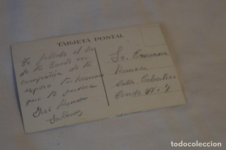 Postales: Antigua POSTAL BORDADAS EN HILO - RAMO de FLORES - Circulada - Original -- ¡Mira! - Foto 3 - 198610886