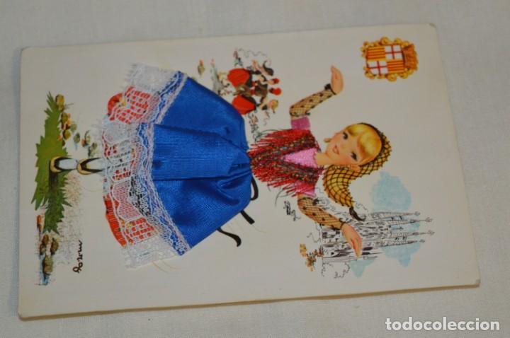 Postales: 3 Antiguas POSTALES / / BORDADAS EN HILO - Trajes típicos - CIRCULADAS - Originales ¡Mira! - Foto 3 - 198612857