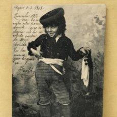 Postales: ANTIGUA POSTAL COLECCION CURRITO 2 NIÑO DISFRAZ BANDOLERO CURRO JIMENEZ PACHECO FOT LAURENT 1903. Lote 207838112