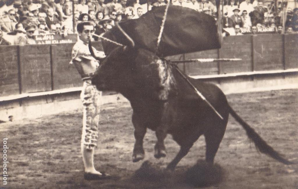 MATADOR DE TOROS, TORERO MANOLETE. FOTO GONSANHI BARCELONA (Postales - Postales Temáticas - Especiales)