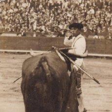 Postales: MATADADOR DE TOROS, TORERO PEPE IGLESIAS, NACIO EN MADRID EN 1904. POSTAL FOTOGRAFICA. Lote 253893565