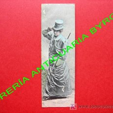 Postales: TARJETA POSTAL ANTIGUA. MUJER VESTIDA CON ROPA DE LA ÉPOCA. (PRINCIPIOS DEL SIGLO XX) 13,5 X 4,5 CM. Lote 18753486