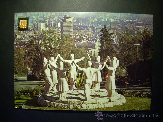7689 ESPAÑA SPAIN CATALUÑA BARCELONA MONUMENTO A LA SARDANA POSTCARD AÑOS 60/70 - TENGO MAS POSTALES (Postales - Postales Temáticas - Estilo)