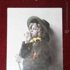 Postales: POSTAL 1910, NIÑO O NIÑA FUMANDO. Lote 44347415