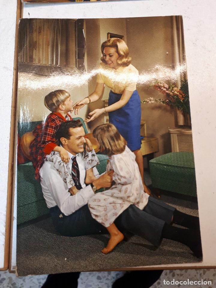 Postales: 17 postales vintage familias - Foto 2 - 112963335