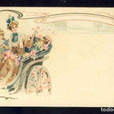 Postales: POSTAL ILUSTRADA MODERNISTA: MUJER Y NIÑA EN UN COCHE DE CABALLOS. Lote 185875992