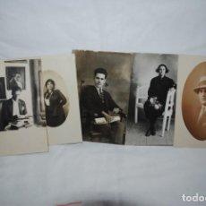 Postales: LOTE DE 5 POSTALES DE CABALLEROS Y SEÑORAS.. Lote 240559215