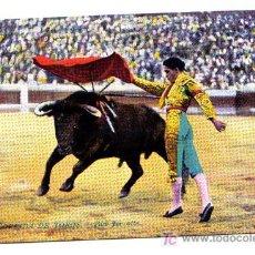 Postales: CORRIDA DE TOROS - PASE POR ALTO. Lote 3109128