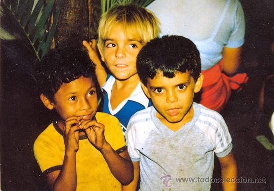 POST 519 - EL BARILLO - EL SALVADOR - POSTCARD OF CHILDREN ETHNIC COSTUME (Postales - Postales Temáticas - Étnicas)