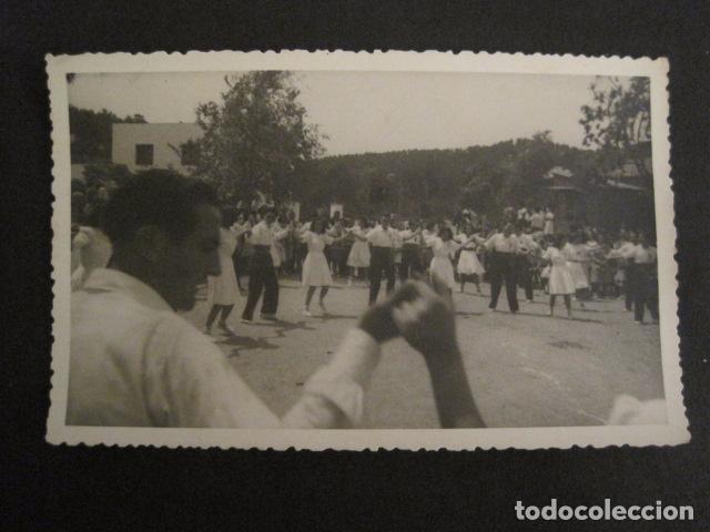 POSTAL SARDANAS -FOTOGRAFICA - VER REVERSO - (46.362) (Postales - Postales Temáticas - Étnicas)