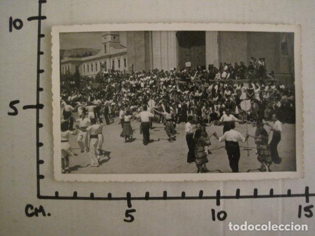Postales: POSTAL SARDANAS -FOTOGRAFICA - VER REVERSO - (46.374) - Foto 3 - 74176243