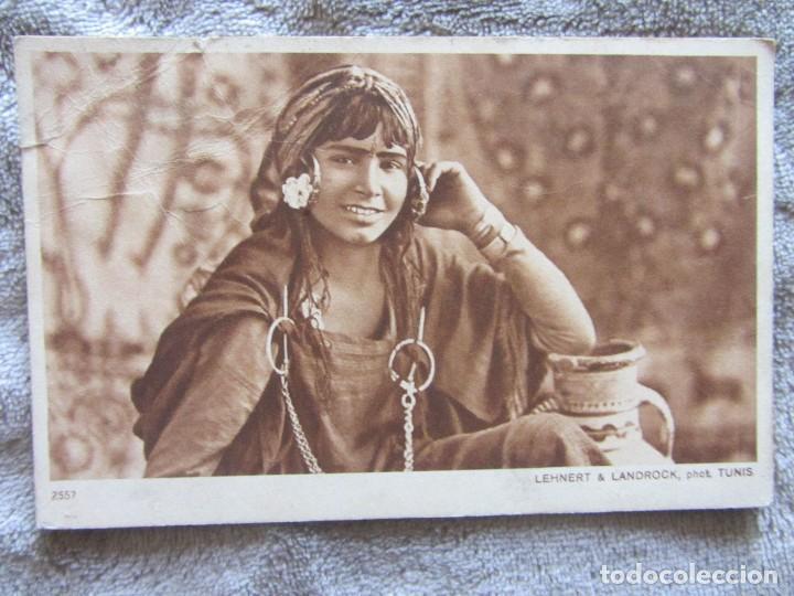 TUNIS. LEHNERT & LANDROCK 2557. FILLETTE BEDOUINE (Postales - Postales Temáticas - Étnicas)