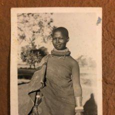 Postales: 255. MULHER INDÍGENA (NATIVE WOMAN). POSTAL CIRCULADA LOURENÇO MARQUES P.E.A. PHOTO BY LU SHIH TUNG. Lote 189907476