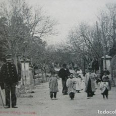 Postales: FRANCIA-LE PERTHUS-LA PORTE DES CARABINIERS-POLICIAS-LABOUCHE PHOTO-POSTAL ANTIGUA-(71.139). Lote 206938858