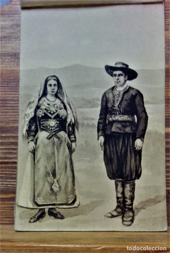 Postales: TRAJES REGIONALES DE ESPAÑA.ANTIGUO ÁLBUM COMPLETO.25 POSTALES ARTÍSTICAS.M.PALOMEQUE - Foto 3 - 222147725