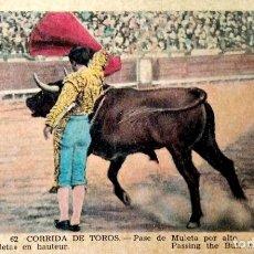 Postales: TAUROMAQUIA. 62 PASE DE MULETA POR ALTO. ROISIN. NUEVA. COLOR.. Lote 241506040
