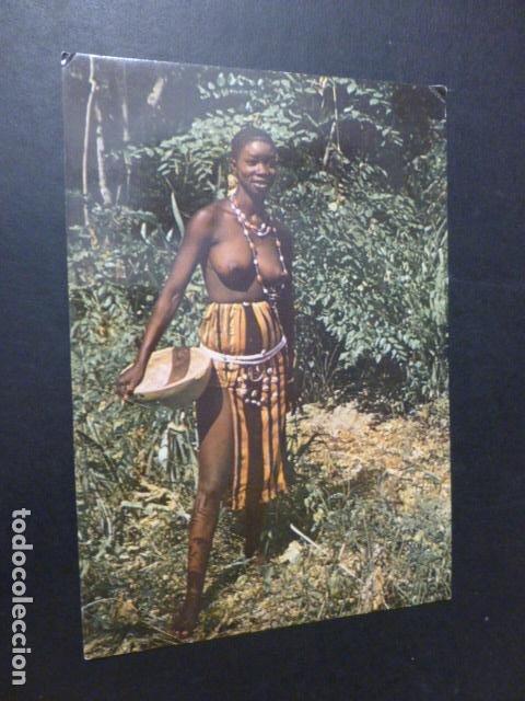 AFRICA POSTAL ETNICA MUJER SEMIDESNUDA (Postales - Postales Temáticas - Étnicas)