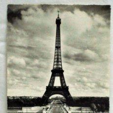 Postales: POSTAL PARÍS LA TOUR EIFFEL VUE DU PALAIS CHAILLOT GREFF 1963. Lote 13581924