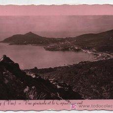 Postales: AGAY (VAR) .- VUE GENERALE ET LE CAP DRAMONT. FRANQUEADA Y FECHADA EN S.RAPAHAEL EN 1954.. Lote 18977121