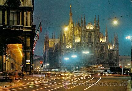 MILANO (ITALIA) - PIAZZA DUOMO (NOTTURNO) (Postales - Postales Extranjero - Europa)