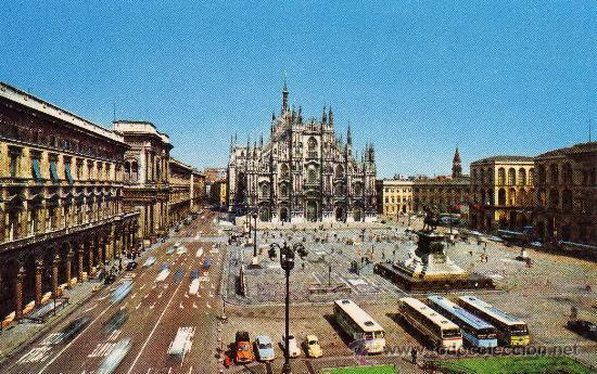 MILANO PIAZZA DEL DUOMO SIN CIRCULAR (Postales - Postales Extranjero - Europa)