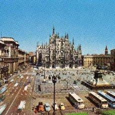 Postales: MILANO PIAZZA DEL DUOMO SIN CIRCULAR . Lote 29583961