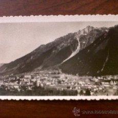 Postales: INTERESANTE POSTAL TROQUELADA -CARTE POSTALE CHAMONIX-VUE GÉNÉRALE ET LE BRÉVENT-6,5X11. Lote 29917583