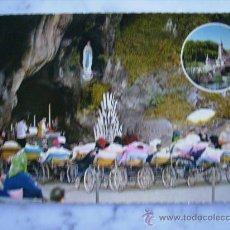 Postales: LOURDES,LOS ENFERMOS DELANTE DE LA GRUTA.DOUCET 244. Lote 31257513