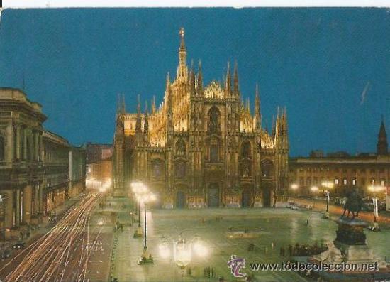 +-+ PW376 - POSTAL - MILANO - PIAZZA DUOMO - SIN CIRCULAR (Postales - Postales Extranjero - Europa)