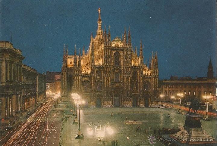** P199 - POSTAL - MILANO - PIAZZA DUOMO - SIN CIRCULAR (Postales - Postales Extranjero - Europa)
