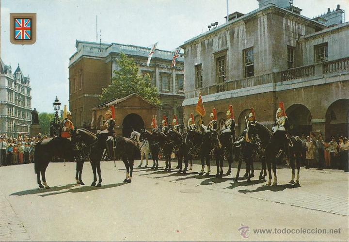 POSTAL CHANGING OF THE GUARD, HORSE GUARDS BUILDING - LONDON - LONDRES