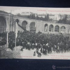 Postales: LOURDES CINQUANTENAIRE DE L'APPARITION 2 SORTIE MESSE PONTIFICALE EGLISE ROSAIRE LABROUCHE 26 7 1916. Lote 49077032