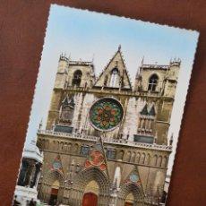 Postales: POSTAL LYON (RHÔNE) 69,127 CATHÉDRALE ST-JEAN. PHOTOGRAPHIE VÉRITABLE. COMBIER IMP. MACON. COLOREADA. Lote 50173251