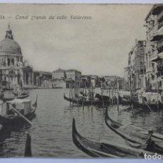 Postales: VENECIA VENEZIA CANAL GRANDE DA CALLE VALARESSO VIAGGIATA NEL 1911. Lote 62205060