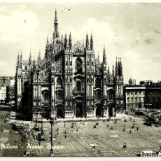 Postales: POSTAL DE MILANO (PIAZZA DUOMO). Lote 72745067