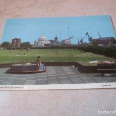 Postales: POSTAL MAYFLOWER PARK SOUTHAMPTON AÑOS 60/70. Lote 91415395