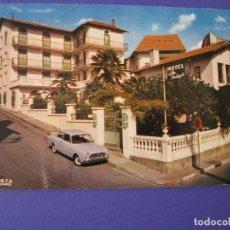 Postales: POSTAL DE FRANCIA, LOURDES. HOTEL NOTRE-DAME DE LA CLARTE. AÑOS 60. SIN CIRCULAR.. Lote 98504435