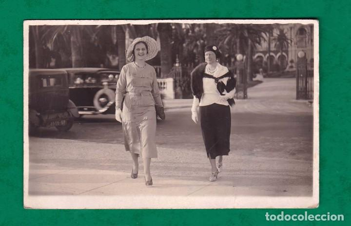 ANTIGUA POSTAL CANNES DOS CHICAS MUJERES AÑO 1931 (Postales - Postales Extranjero - Europa)