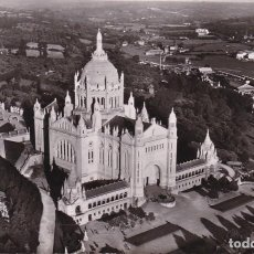 Postales: FRANCIA LISIEUX LA BASILICA VISTA AEREA 1954 POSTAL CIRCULADA . Lote 113910755