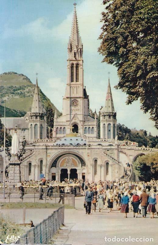 FRANCIA LOURDES LA BASILICA 1958 POSTAL CIRCULADA (Postales - Postales Extranjero - Europa)