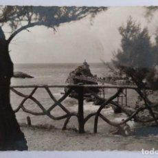 Postales: BIARRITZ PIRINEOS LE ROCHER DE LA VIERGE CIRCULADA 1959. Lote 126261459