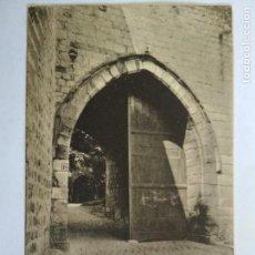 Postales: ANTIGUA POSTAL MONS - LA PORTE DU CHATEAU, CIRCULADA AÑO 1903. Lote 133555262