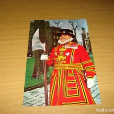 Postales: TARJETA POSTAL REINO UNIDO: YEOMAN WARDER AT THE TOWER OF LONDON. 154. DIMENSIONES: 140 X 90 MM. Lote 133965250