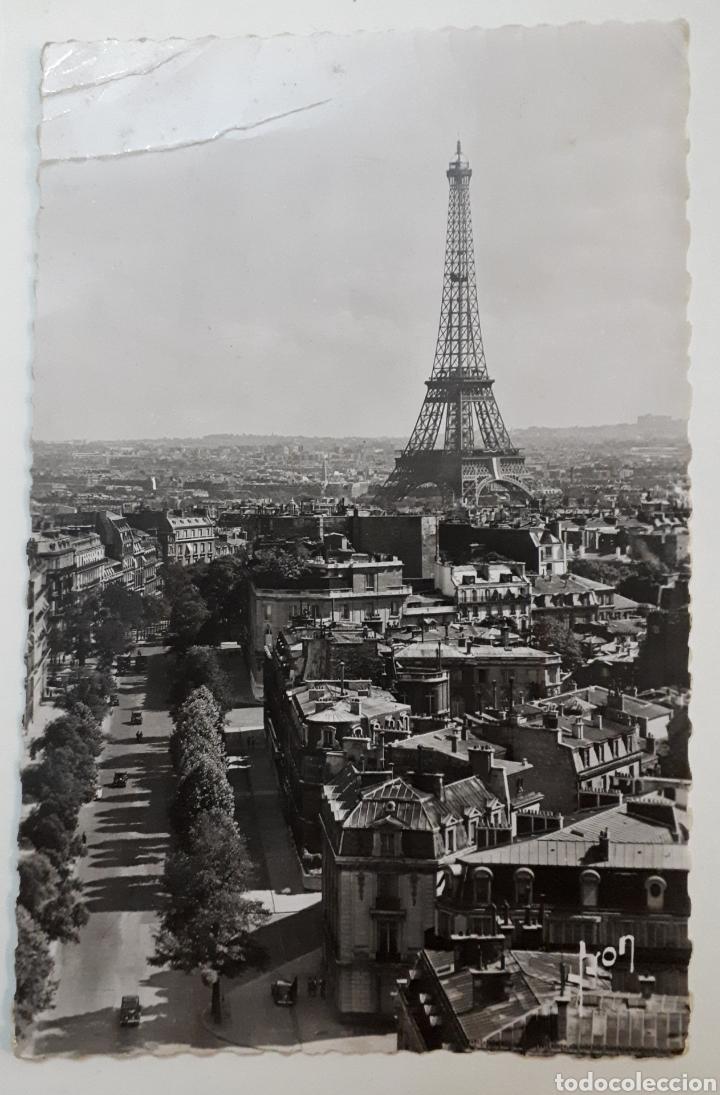 PARIS... EN FLANANT. LA TOUR EIFFEL (Postales - Postales Extranjero - Europa)