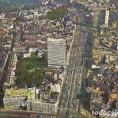 Postales: THE 27 STOREY BUILDING OF THE BRUSSELS HILTON STANDS UP IN THE MOST ELEGANT SHOPPING CENTER OF...... Lote 145954778