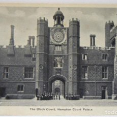 Postales: THE CLOCK COURT HAMPTON COURT PALACE. Lote 147343790