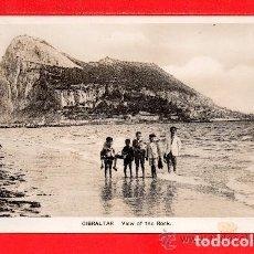 Postales: POSTAL DE GIBRALTAR VISTA DESDE LA PLAYA EDICION L. SACARELLO SIN CIRCULAR . Lote 154623758