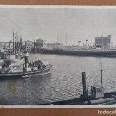 Postales: POSTAL CIVITAVECCHIA PUERTO CIRCULADA 1939 CON SELLO CENSURA MILITAR BARCELONA. Lote 157342690
