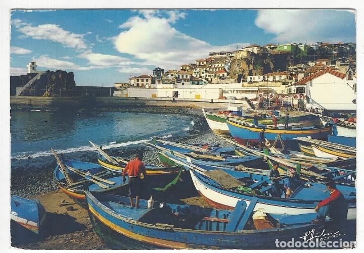 PORTUGAL.- MADEIRA.- CAMARA DE LOBOS.- FISHING BOATS ON THE HARBOUR (Postales - Postales Extranjero - Europa)